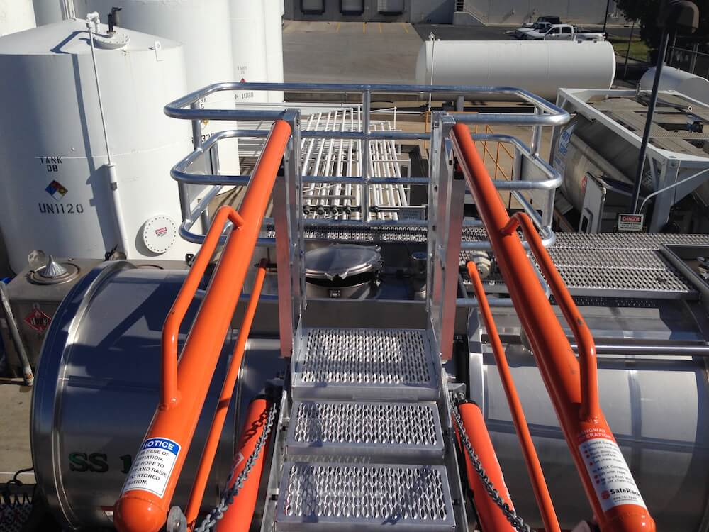 Truck Gangway w/ Fall Protection Cage