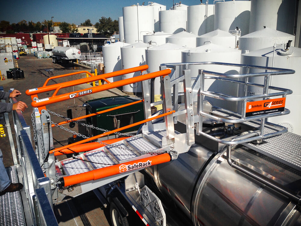 Chemical Truck Unloading Gangway with Safety Cage