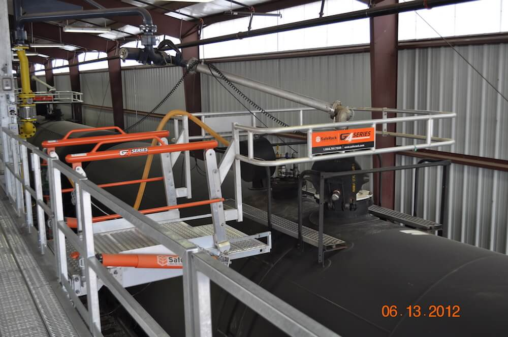 Railcar Loading Rack w/ Loading Arm, Vapor Recover & Fluid Level Sensor