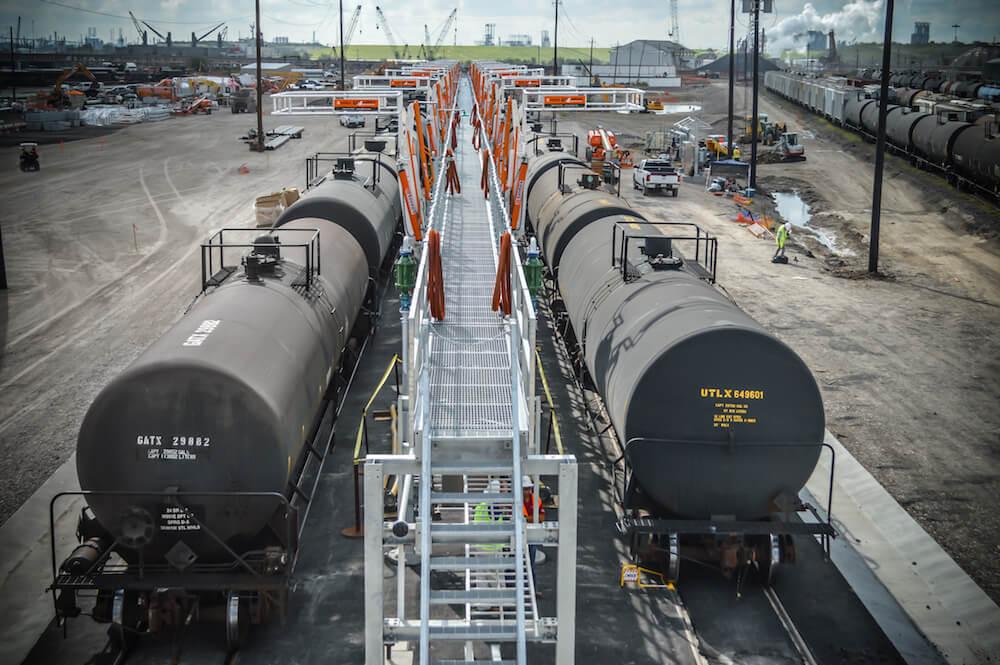 Railcar Unloading Station
